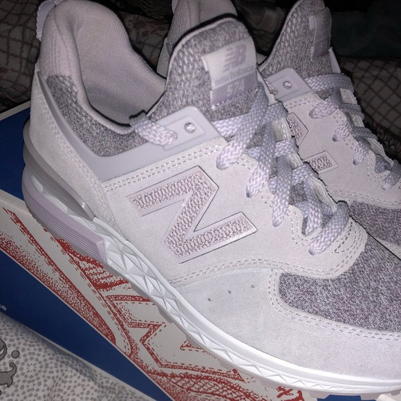 finest selection 89845 e6c34 New Balance Tennis Shoes